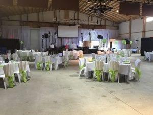 Exemple d'une salle de réception de mariage avant d'installer l'eclairage d'ambiance